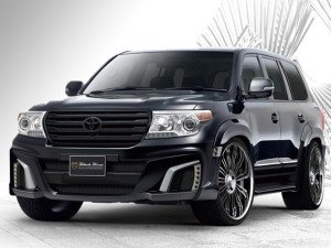 Toyota Land Cruiser 200 Black Bison by Wald