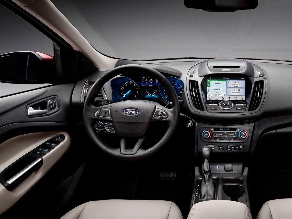Interior Ford Kuga 2016